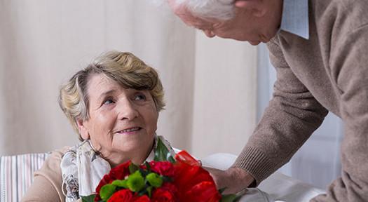 Seniors Enjoy Valentine's Day in Philadelphia, PA
